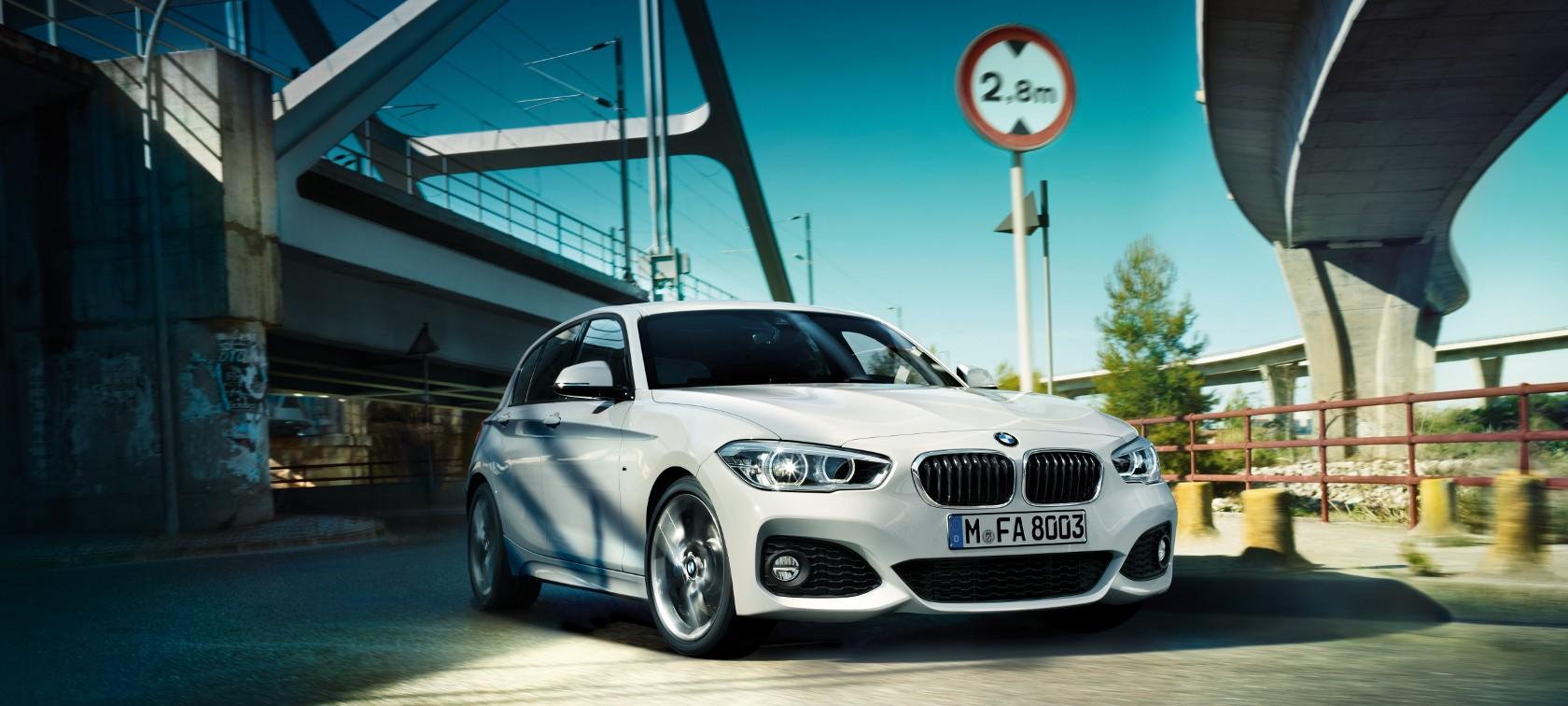 BMW Series Door At A Glance - Bmw 1 series 3 door price