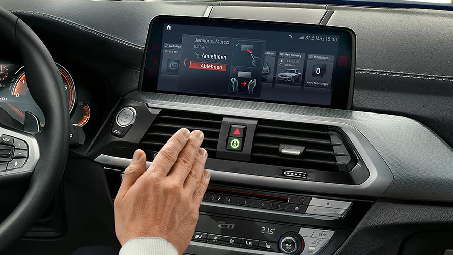 BMW X3: Connectivity & Driver Assistance